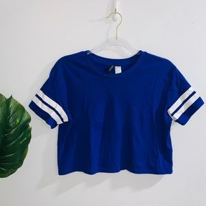 🦋 4/$30 H&M Blue & White Crop Top NWOT